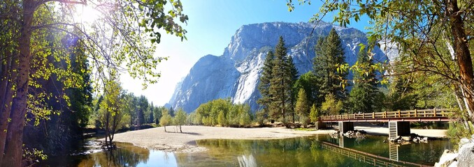 Poster de jardin Parc Naturel Panoramic image of Swinging Bridge at Yosemite National Park, California, USA