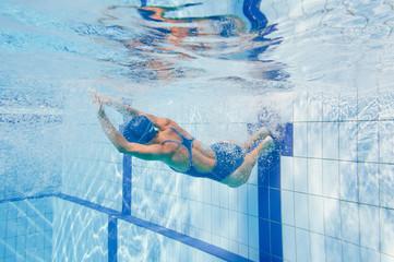 Swiming flip turn