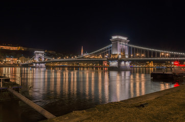 Szecheny chain bridge, Budapest in the night, Hungary