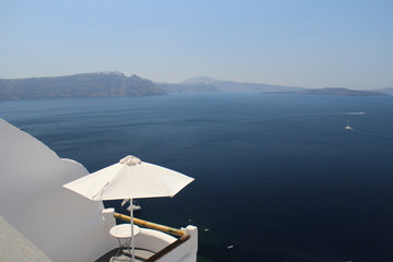 Amazing Sunny Daytime Views of the Greek Island of Santorini