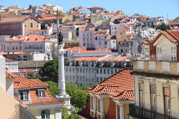 Rossio in Lissabon mit der Statue Pedros IV.