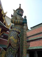 ワット・プラケオの立像
