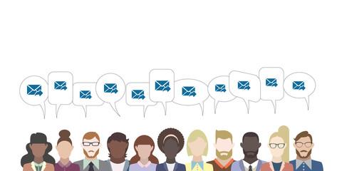 Leute mit Sprechblasen - E-Mail Antwort