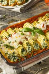Homemade Stuffed Ricotta and Spinach Manicotti