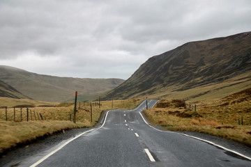 Scottish Highlands: Empty road to Braemar (Scotland, United Kingdom)