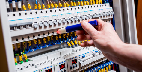 Checking voltage in switchboard with a detector