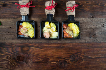 Papiers peints Buffet, Bar Raclette - Wurst und Käse - Platte - Jause - Zutaten - Grill - Grillen