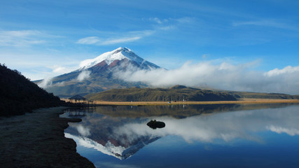 Foto op Canvas Reflectie Cotopaxi volcano reflected in the water of Limpiopungo lagoon on a cloudy morning - Ecuador