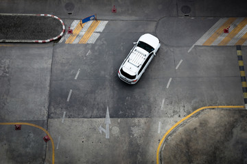 Image of street traffic by view from above.