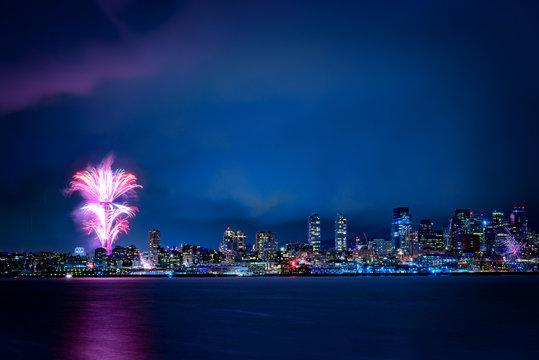 NYE 2017 Fireworks, Space needle, Seattle