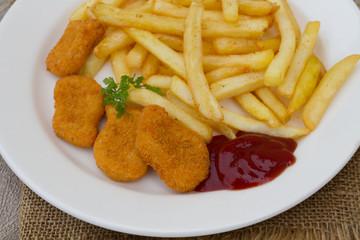 nuggets et frites