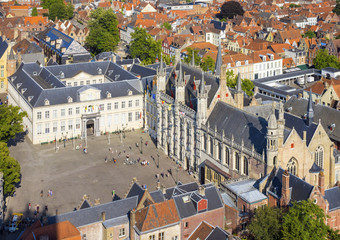 Belgium, West Flanders (Vlaanderen), Bruges (Brugge). High-angle view of Bruges, Burg square, from the Belfort belltower.