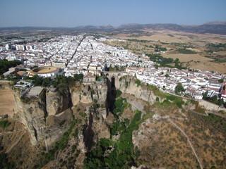 Vista aerea de Ronda, pueblo blanco de Málaga, Andalucia