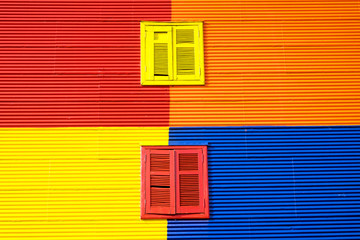 Türaufkleber Buenos Aires Colorful wall with two windows in La Boca, Buenos Aires