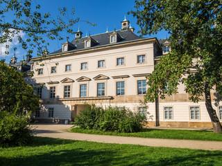 Tuinposter Oude gebouw Schloss Pillnitz