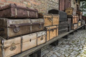 Koffer, Bahnhof