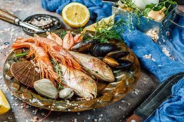 Fresh sea fish, prawns, clams