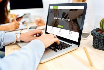 People designing website