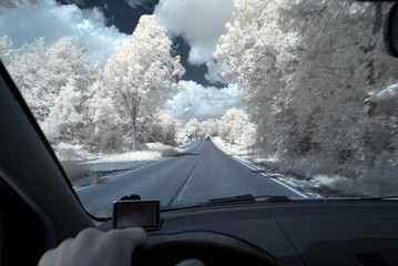 Infrarot - Infrared In the car on the way