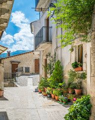 Photo sur Aluminium Ruelle etroite Pretoro, village in Majella National Park, in the province of Chieti, Abruzzo region, Italy.