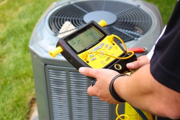 Air Conditioning Repair Servicing Man