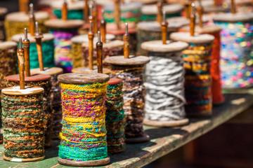 bobines de laine ancienne