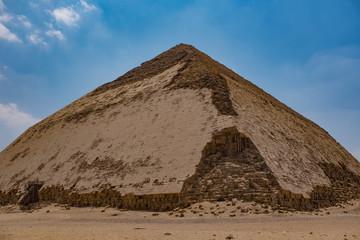 エジプト スネフェル王の屈折ピラミッド -Bent Pyramid ,Egypt