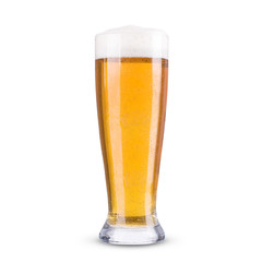 Papiers peints Biere, Cidre Light beer in a glass on a white background