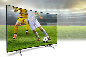4k monitor watching smart tv translation of football game