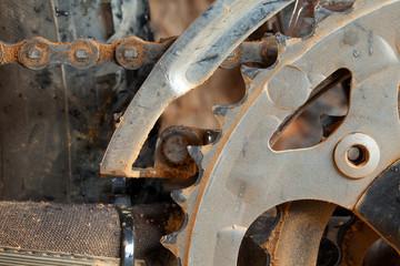 Dirty mountain bike derailleur and chainring