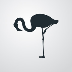 Icono plano flamingo agachado en fondo degradado