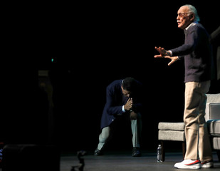 """Actor Ferrigno bows to Marvel Comics co-creator Lee at a tribute event """"Extraordinary: Stan Lee"""" at the Saban Theatre in Beverly Hills"""