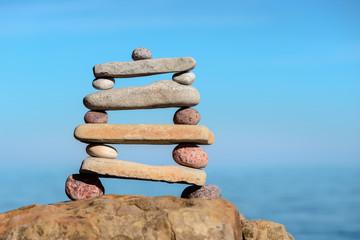 Pyramidal pile of pebbles