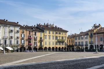 Lodi (Italy): Cathedral square (piazza del Duomo)