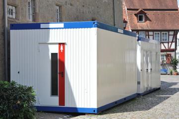 Mobile Container-Chemie-Toilette für Veranstaltungen im Umfeld