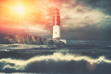 Leuchtturm beim stürmischen Wetter