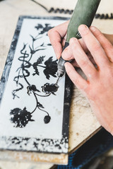 Floral Decorations on Slate Stone Using an Electric Engraver
