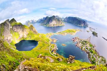 Fotomurales - Fishing village of Reine from top of Reinebringen, Lofoten, Norway