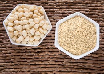 Quinoa pop and amaranth cereals