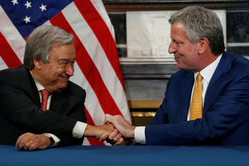 UN Secretary General Antonio Guterres meets with New York City Mayor Bill de Blasio at City Hall in New York