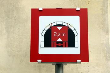 Tunnel passage height, Tunneldurchfahrtshöhe