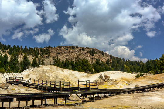 Boardwalk at Bumpass Hell, Lassen Volcanic National Park, USA. This is the largest hydrothermal area in the park, and the main area of upflow of steam from Lassen hydrothermal system