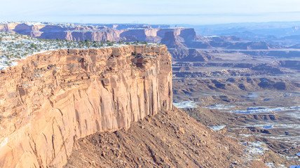 Canyonlands rocky cliff
