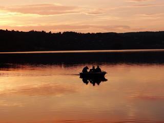 Drei In Einem Boot, Abendstimmung