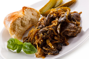 Roast liver with bread