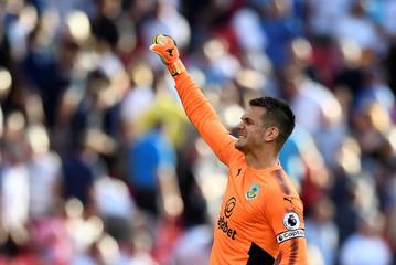 Premier League - Tottenham Hotspur vs Burnley