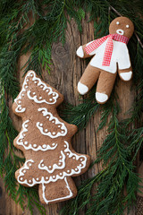 gingerbread man and christmastree