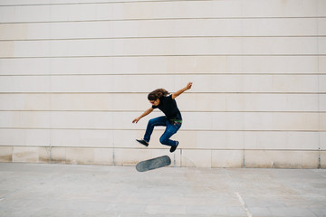 A young skateboarder