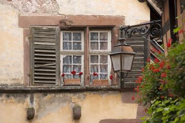 Vecchie finestre, Alsazia, Francia