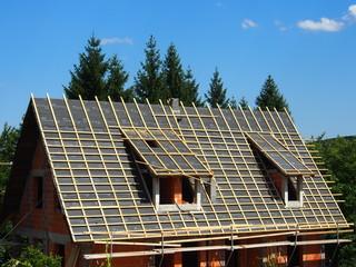 Neubau: Dach mit Lattung